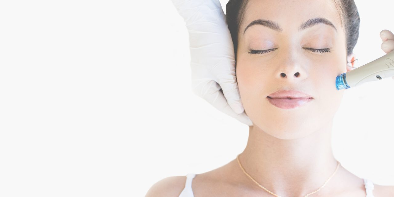 https://auburnmedaesthetics.com/wp-content/uploads/2019/01/hydrafacial_header-1280x640.jpg